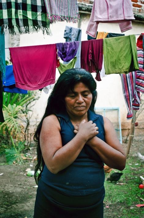 """"""" Libertad"""" ( fotografía 2 y 3) forman parte de un registro documental en un centro de readaptación """" Casa Cereza"""" en San Cristobal de las casas, Chiapas, Mexico"""